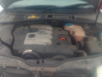 Dezmembrez Skoda Superb 2.0 diesel din 2006