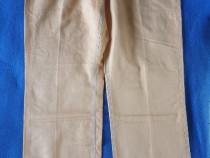 Pantaloni bărbătești