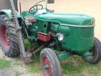 Tractor deutz D40 cu cositoare laterala