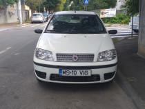 Fiat punto  fab 2009 1,3 benzina consum redus