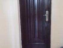 Apartament 2 camere, decomandat, îmbunătăţiri multiple
