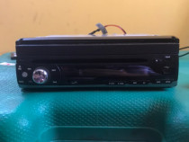 DVD player auto cu display retractabil