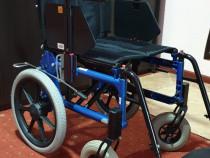 Carut scaun rulant batrani handicap dizabilitati