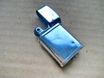 A960-Bricheta mini Hadson benzina veche alama cromata.