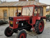 Tractor U 650 și plug pp4