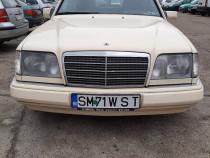 Mercedes Benz E 200 diesel 124 automatic