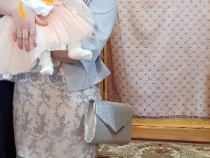 Rochie plus sacou și poșetă
