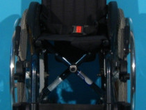 Sopur - scaun cu rotile activ copii din aluminiu