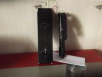 Selfie Stick-Bluetooth Nou culoarea negru cu trepied negru