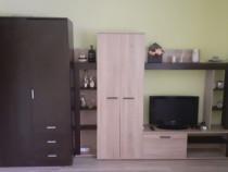 Proprietar închiriez apartament cu 2 camere zona Lipovei.