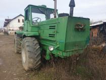 Tractor Kirovets T150k