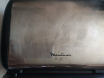Prajitor de paine Moulinex,model 573601