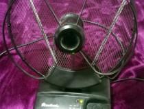 Antena DVB-T TV auto cu amplificator reglabil (12v - 220v)