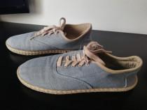 Pantofi albastri cu șiret 38 (23 cm)