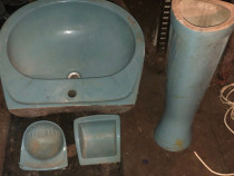 Set baie chiuveta portelan cu picior +suport sapun si hartie