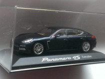 Macheta Porsche Panamera 4S Executive 2014 - Minichamps 1/43