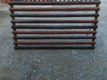 Gard din lemn facut manual