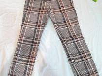 Perechi de pantaloni 38-40