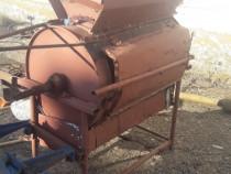 Batoza porumb la tractor