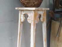 Suport din lemn pentru floare