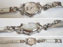 Ceas vechi de dama