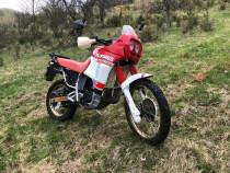 Motocicleta Aprilia Tuareg 125