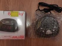 Radio ceas, format 12- 24 h, 2 alarme Negru, Nou !