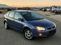 Ford Focus 2005 // Ghia //1.6 benzina//181.000km !!