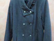 Palton pentru femei gravide