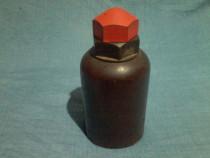 De colectie: Bidon WW2 dintr-un plastic stratificat (dur)