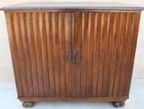 Comoda lemn masiv cu 2 usi; Bufet vintage cu raft; Dulap