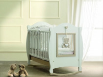 Patut bebe din lemn masiv cu hublou plexiglas Baby-Italia