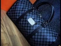 Geantă voiaj Louis Vuitton model unisex,Franta