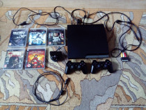 Consolă Sony PS3 + 12 jocuri + 2 controllere originale