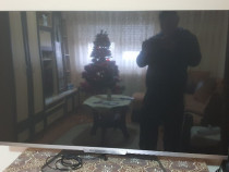 Smart TV Philips diagonala 139 cm