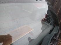 Reparatie la circuitul de dezaburire a lunetei masinii