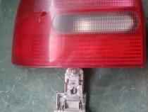 Triplă Stop Lampa Audi A3 an 1999