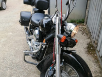Moto Shadow 750 C2