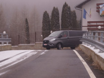 Servicii de transport persoane si inchirieri auto