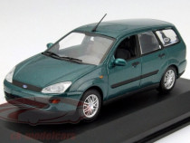 Macheta Ford Focus Kombi minichamps