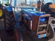 Tractor Ford 4110