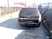 Dezmembrez Opel Astra H 2008. 19 cdti 6 trepte