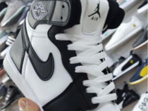 Adidasi Nike AIR Jordan