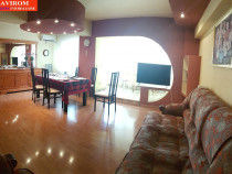 Apartament trei decomandate, mobilat, etaj 1, ultracentral