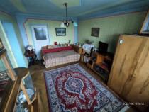 Inchiriez apartament 2 camere, parcare, str. Unirii