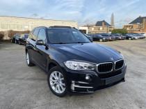 """BMW X5 xDrive 30d din 2016,culoare negru metalizat """"Saphire"""""""