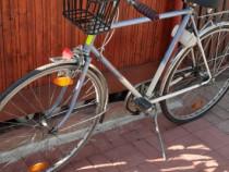 Bicicletă cu schimbător in butuc