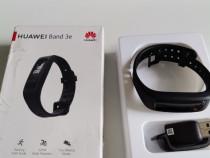 Banda fitness Huawei nou nouța calitate la cutie.