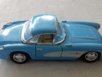 Macheta Chevrolet Corvette 1957, scara 1:34, Kinsmart