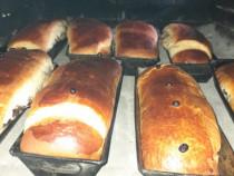 Cozonaci pe vatra in cuptor cu lemne si prajituri de casa